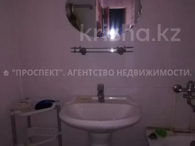 3-комнатная квартира, 64 м², 5/10 этаж, Гульдер-1 за 17.1 млн 〒 в Караганде, Казыбек би р-н — фото 9