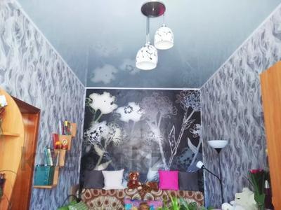 4-комнатная квартира, 82 м², 1/3 этаж, 40 лет Октября за 9.5 млн 〒 в Рудном — фото 2
