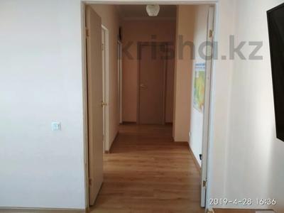 2-комнатная квартира, 60.2 м², 4/9 этаж, Е-15 3 за 20 млн 〒 в Нур-Султане (Астана), Есильский р-н — фото 5