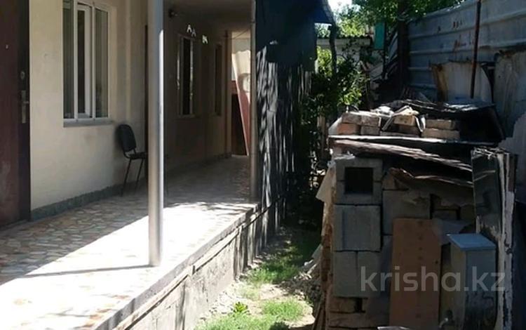 5-комнатный дом, 100 м², Розыбакиева Басенова — Басенова за 28 млн 〒 в Алматы