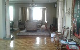 10-комнатный дом, 700 м², 27 сот., Аманжолова — Казыбек би за 420 млн 〒 в Шымкенте