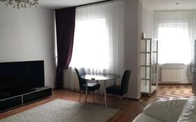2-комнатная квартира, 80 м², 17/22 этаж помесячно, Кабанбай батыра 87 за 350 000 〒 в Алматы, Алмалинский р-н