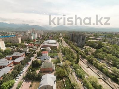 1-комнатная квартира, 50 м², 20/24 этаж посуточно, Абиша Кекилбаева 270 за 14 000 〒 в Алматы, Бостандыкский р-н