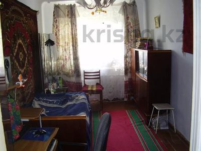 3-комнатная квартира, 58 м², 4/5 этаж, 3-й микрорайон 12 за 6.5 млн 〒 в Риддере — фото 3