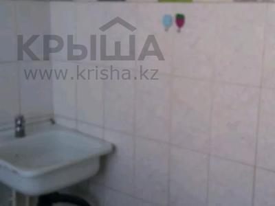 1-комнатная квартира, 37 м², 5/5 этаж, Абая за 2 млн 〒 в Сатпаев — фото 9