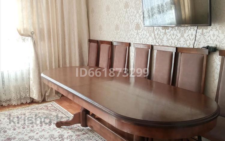 3-комнатная квартира, 62.6 м², 10/10 этаж, Камзина за 16 млн 〒 в Павлодаре