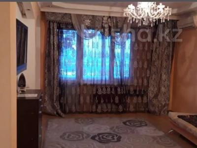 2-комнатная квартира, 50 м² посуточно, Микрорайон Алмагуль 12 — Привокзального за 6 000 〒 в Атырауской обл. — фото 6