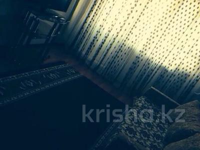 2-комнатная квартира, 50 м² посуточно, Микрорайон Алмагуль 12 — Привокзального за 6 000 〒 в Атырауской обл.