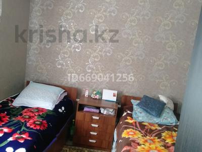 7-комнатный дом, 150 м², 8 сот., Айтеке Би 56 — 2 улица за 20 млн 〒 в Балпыке Би