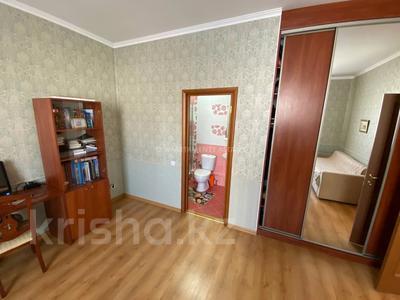 5-комнатная квартира, 187 м², 7/10 этаж, Иманова — Республики за 65 млн 〒 в Нур-Султане (Астане), р-н Байконур