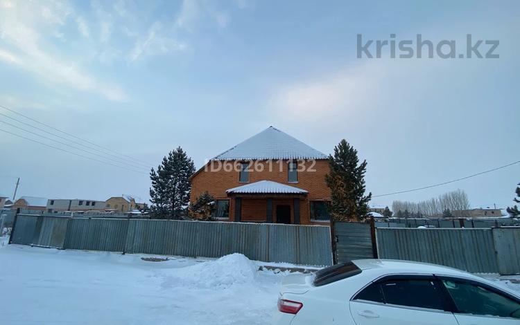 6-комнатный дом, 218 м², 10 сот., Акан Сери 20 — Ермекова за 29 млн 〒 в Жибек Жолы