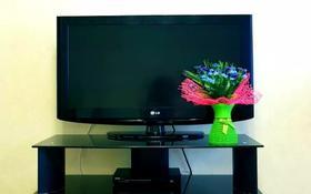 1-комнатная квартира, 53 м², 9/12 этаж посуточно, Сауран 3/1 — Сыганак за 8 000 〒 в Нур-Султане (Астана), Есиль р-н