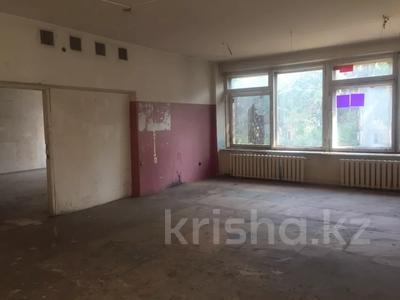 Здание, площадью 391.4 м², Ворошилова 99 за 35 млн 〒 в Усть-Каменогорске — фото 12