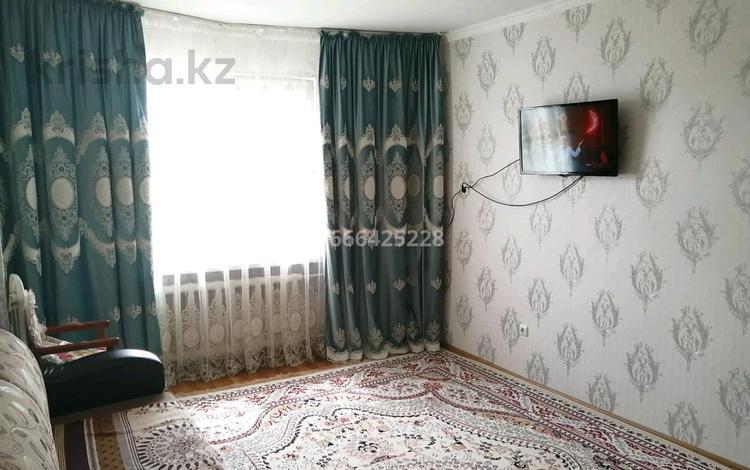 2-комнатная квартира, 45 м², 4/6 этаж, Микр 13 8 за 15 млн 〒 в Таразе