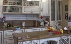 6-комнатный дом, 388 м², 7 сот., Абая 188 за 110 млн 〒 в Костанае