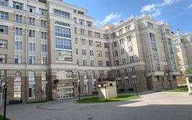 2-комнатная квартира, 90 м², 3/6 этаж помесячно, Амман 2 — Шар Де Голя за 220 000 〒 в Нур-Султане (Астана), р-н Байконур