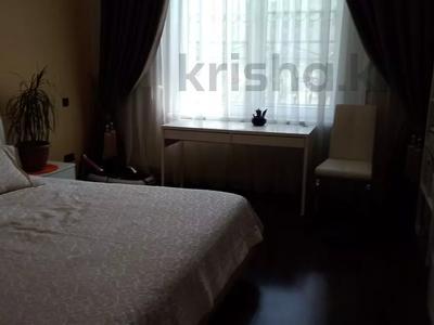 3-комнатная квартира, 120 м², 1/3 этаж, Аскарова Асанбая за 77 млн 〒 в Алматы, Бостандыкский р-н — фото 26