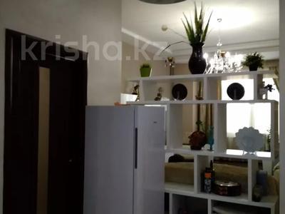 3-комнатная квартира, 120 м², 1/3 этаж, Аскарова Асанбая за 77 млн 〒 в Алматы, Бостандыкский р-н — фото 31