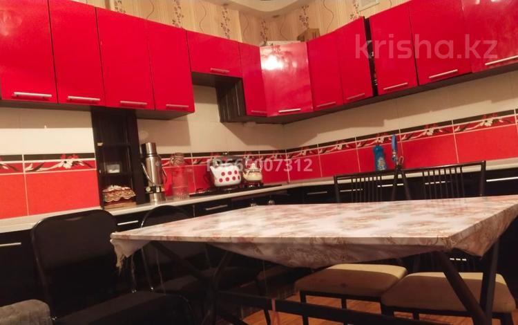 2-комнатная квартира, 62 м², 4/6 этаж, мкр Кокжиек 52 за 21 млн 〒 в Алматы, Жетысуский р-н