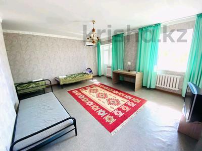 2-комнатная квартира, 60 м², 2/9 этаж посуточно, Привокзальный-3А 14 за 8 000 〒 в Атырау, Привокзальный-3А — фото 6