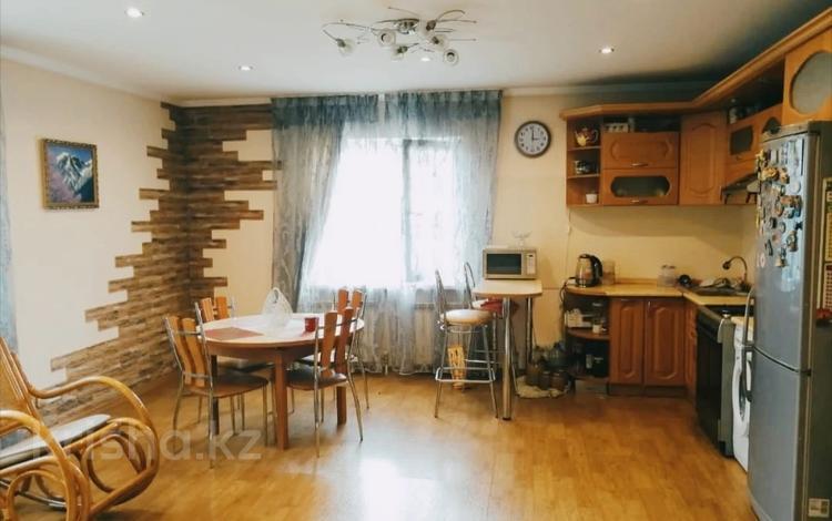 4-комнатный дом, 106 м², 15 сот., мкр Кулагер, Мкр Кулагер за 38 млн 〒 в Алматы, Жетысуский р-н
