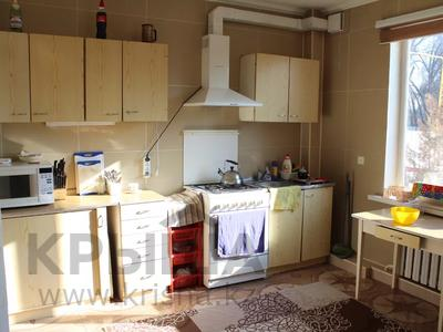 2-комнатный дом помесячно, 110 м², ул. Абая, Карасайский район, п. Кольди за 60 000 〒 — фото 4