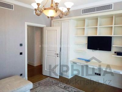 4-комнатная квартира, 190 м², 6/25 этаж помесячно, проспект Туран 37/9 за 700 000 〒 в Нур-Султане (Астана) — фото 12