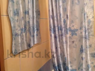 1-комнатная квартира, 42 м², 4/4 этаж посуточно, 4-й мкр 5 — 4А микрорайон за 5 000 〒 в Актау, 4-й мкр — фото 9
