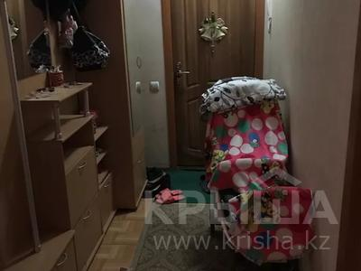2-комнатная квартира, 60 м², 6/9 этаж, мкр Аксай-4 99 — ул. Саина и Жубанова за 20.5 млн 〒 в Алматы, Ауэзовский р-н — фото 3