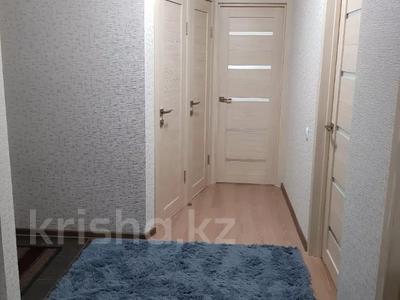 3-комнатная квартира, 75 м², 1/5 этаж помесячно, мкр Орбита-1, Мустафина — Торайгырова за 185 000 〒 в Алматы, Бостандыкский р-н — фото 14