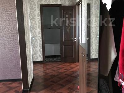 3-комнатная квартира, 72 м², 9/9 этаж, Суворова 6 за 14.7 млн 〒 в Павлодаре — фото 2