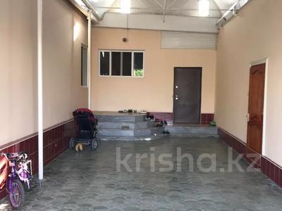 7-комнатный дом, 270 м², 8 сот., улица Салавт - Юлаева 24 — Крылова за 23 млн 〒 в Таразе — фото 2