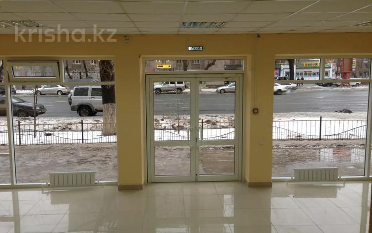 Магазин площадью 114 м², улица Курмангазы 154 — проспект Евразия за 98 млн 〒 в Уральске