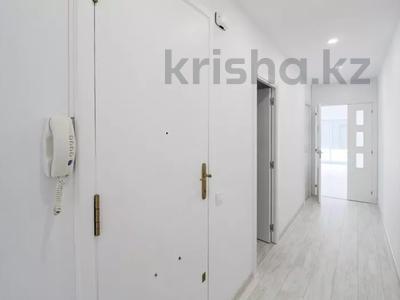 5-комнатная квартира, 152 м², 3/3 этаж, Portal de Valldeix за ~ 117.7 млн 〒 в Барселоне — фото 2