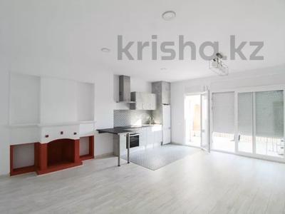 5-комнатная квартира, 152 м², 3/3 этаж, Portal de Valldeix за ~ 117.7 млн 〒 в Барселоне — фото 3