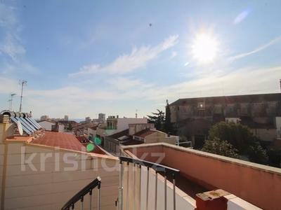 5-комнатная квартира, 152 м², 3/3 этаж, Portal de Valldeix за ~ 117.7 млн 〒 в Барселоне — фото 8