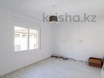 5-комнатная квартира, 152 м², 3/3 этаж, Portal de Valldeix за ~ 117.7 млн 〒 в Барселоне — фото 9