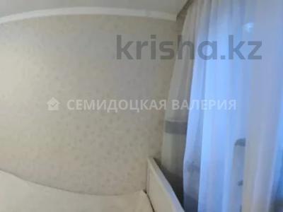 3-комнатная квартира, 57 м², 3/4 этаж, мкр №10 А, Мкр №10 А за 22.8 млн 〒 в Алматы, Ауэзовский р-н — фото 9