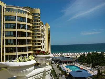 1-комнатная квартира, 53 м², 4/5 этаж, Grand Victoria Hotel 1 за 22 млн 〒 в Солнечном береге