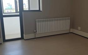2-комнатная квартира, 50 м², 3 этаж помесячно, Нажмиденова 4/1 за 200 000 〒 в Нур-Султане (Астана), Есиль р-н