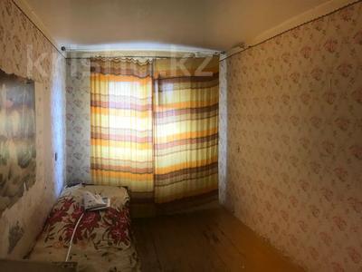3-комнатная квартира, 60.1 м², 2/5 этаж, Камзина 17 за 4.7 млн 〒 в Аксу — фото 4