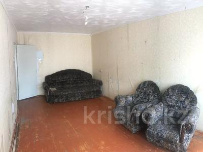 3-комнатная квартира, 60.1 м², 2/5 этаж, Камзина 17 за 4.7 млн 〒 в Аксу — фото 5