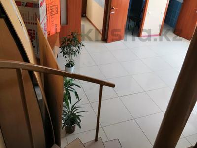 Промбаза 27 соток, Абая 150 за 58 млн 〒 в Усть-Каменогорске — фото 9