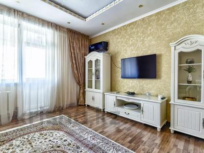 2-комнатная квартира, 100 м², 7/8 этаж посуточно, Кунаева 14/2 — Мангилик Ел за 20 000 〒 в Нур-Султане (Астана), Есиль р-н — фото 13