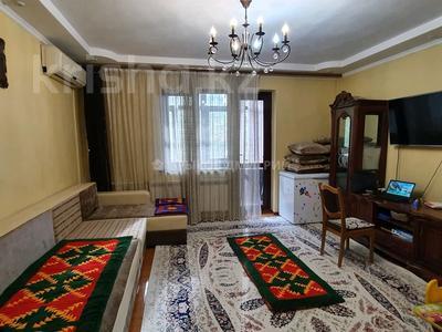 3-комнатная квартира, 67 м², 2/9 этаж, мкр Самал-2 за 32.4 млн 〒 в Алматы, Медеуский р-н — фото 2