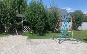 7-комнатный дом помесячно, 250 м², 8 сот., мкр Коктобе за 1.2 млн 〒 в Алматы, Медеуский р-н