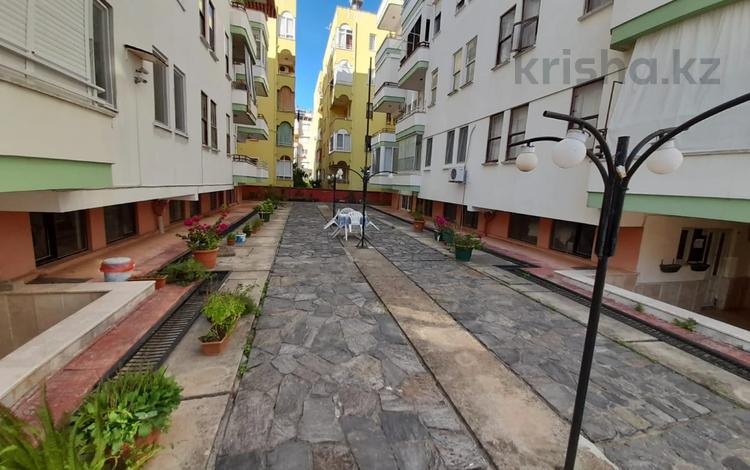 2-комнатная квартира, 70 м², 1/5 этаж, Махмутдар, Барбарос 22 за ~ 18.8 млн 〒 в