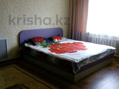 1-комнатная квартира, 30 м², 6/9 этаж посуточно, улица Казахстан 70 за 6 000 〒 в Усть-Каменогорске