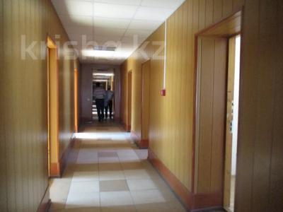 Здание, площадью 751 м², Заводская 21 за ~ 65.3 млн 〒 в Актобе — фото 7