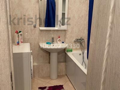 2-комнатная квартира, 73 м², 2/9 этаж помесячно, Омарова 13 за 140 000 〒 в Нур-Султане (Астана), Есиль р-н — фото 10
